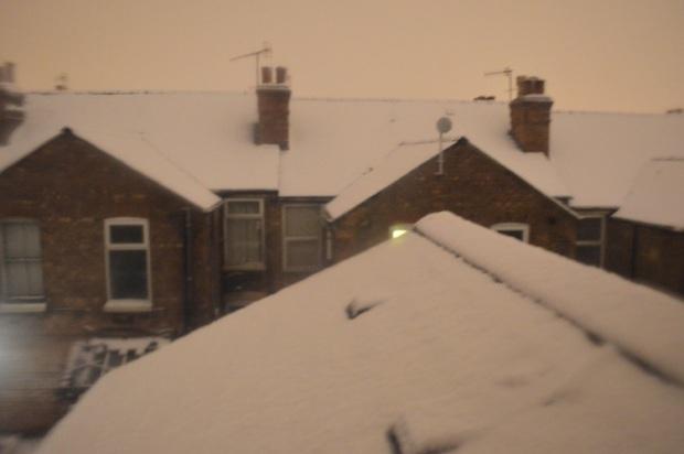 snow_belakangrumah