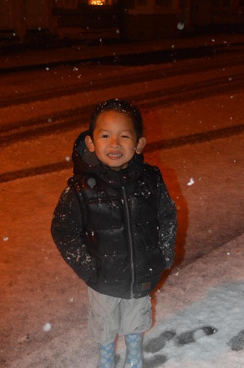 snow_keluar